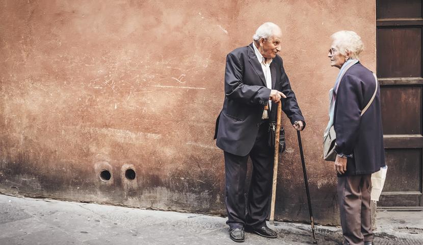 L'ostéopathie pour les personnes âgées par Elodie Taveneau Ostéopathe D.O à Puteaux et Chatou